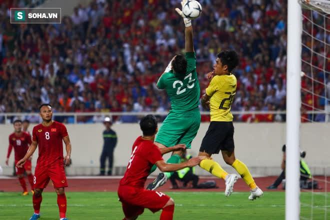 Malaysia gặp trở ngại không thể vượt qua, thầy trò HLV Park Hang-seo hưởng lợi lớn - Ảnh 1.