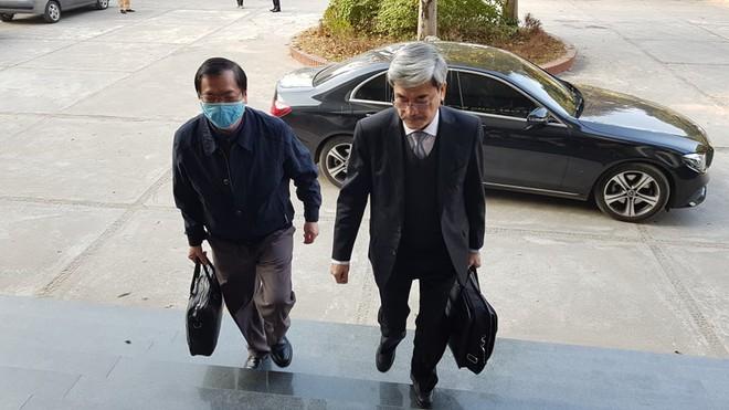 Xét xử cựu Bộ trưởng Công thương và đồng phạm: Một số người vẫn vắng mặt không có lý do, tiếp tục hoãn tòa - Ảnh 3.