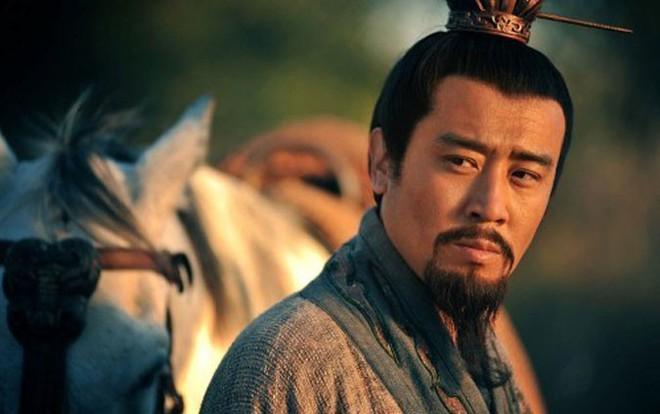 Hiến 1 kế cho Lưu Bị, Gia Cát Lượng giúp ổn định thế lực Ích Châu của Lưu Chương chỉ trong nháy mắt - Ảnh 4.