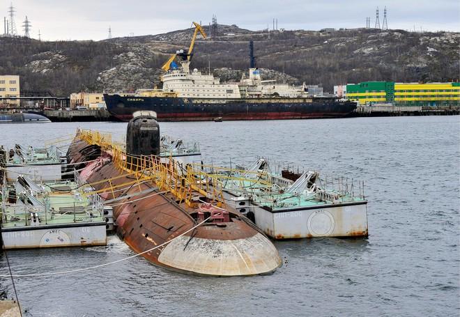 Bí mật mồ chôn khổng lồ dưới đáy biển Bắc Băng Dương: Chứa loại vật liệu có thể giết người ngay lập tức - Ảnh 1.