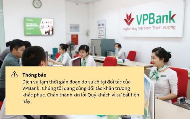 Nhiều ngân hàng thương mại gặp sự cố toàn hệ thống, người dùng hoang mang - Ảnh 1.