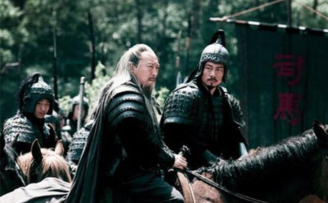 """Mãnh tướng được Tào Tháo mến mộ, khiến Lưu Bị mới nghe tên đã sợ nhưng lại mất mạng vì kế """"mượn dao giết người"""" của Tư Mã Ý"""