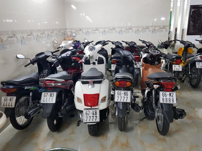 Chóng mặt với dàn xe máy 500 chiếc biển đẹp khủng nhất Việt Nam, trị giá trăm tỷ đồng? - Ảnh 5.