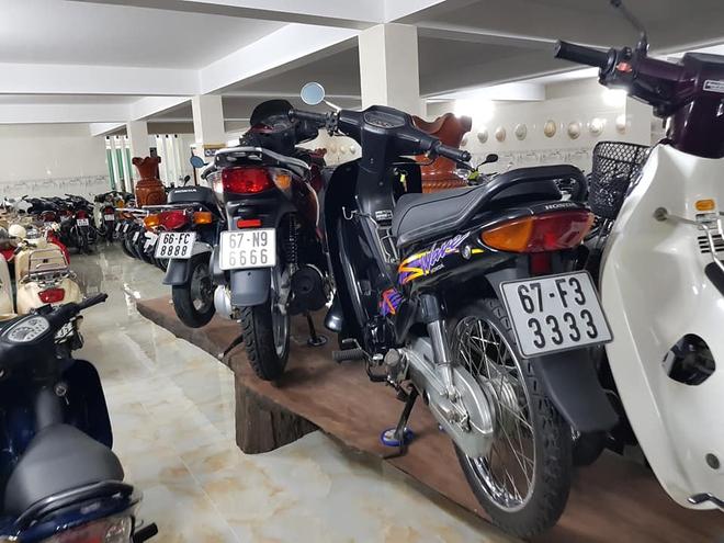 Chóng mặt với dàn xe máy 500 chiếc biển đẹp khủng nhất Việt Nam, trị giá trăm tỷ đồng? - Ảnh 2.