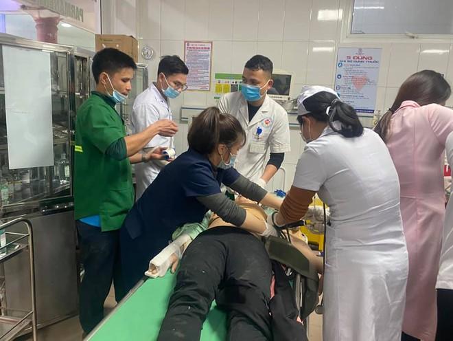 Tai nạn rơi thang công trình trụ sở Sở Tài Chính Nghệ An làm 3 người tử vong: Đình chỉ thi công - Ảnh 5.