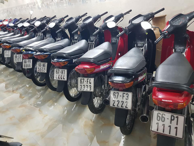 Chóng mặt với dàn xe máy 500 chiếc biển đẹp khủng nhất Việt Nam, trị giá trăm tỷ đồng? - Ảnh 7.