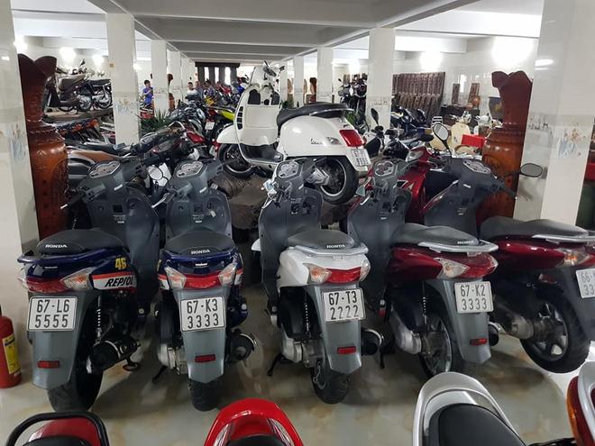 Chóng mặt với dàn xe máy 500 chiếc biển đẹp khủng nhất Việt Nam, trị giá trăm tỷ đồng? - Ảnh 4.