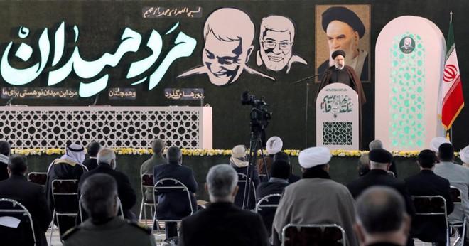 """Iran báo động toàn bộ lực lượng hải quân ở vùng Vịnh, tuyên bố """"đòi nợ máu"""" cho tướng cấp cao bị Mỹ giết chết - Ảnh 2."""