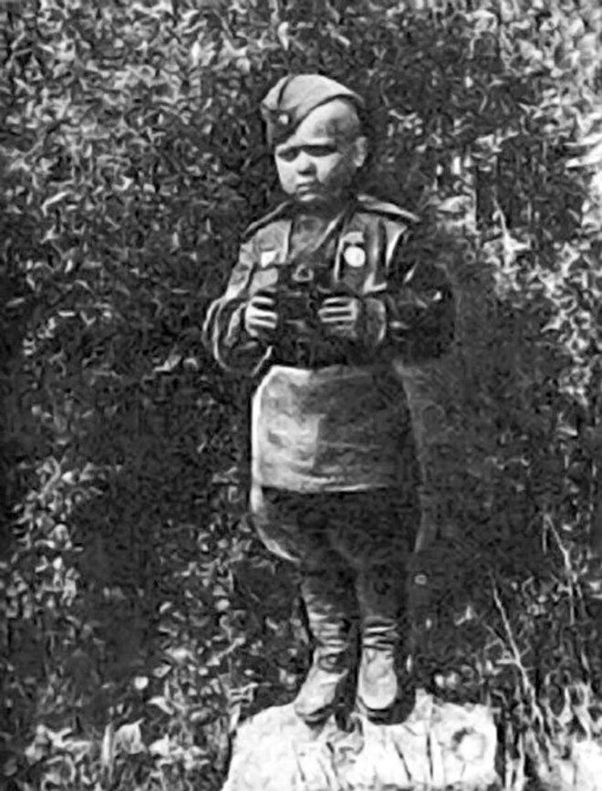 Chuyện về người lính Hồng quân 6 tuổi trong Thế chiến thứ II - Ảnh 3.