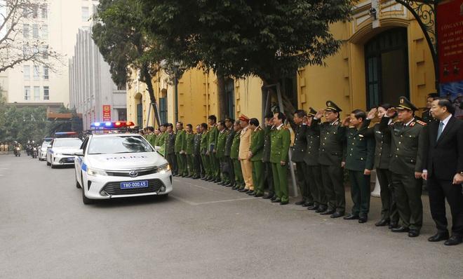 Hà Nội triển khai xe chống đạn và dàn mô tô đặc chủng bảo đảm an ninh, trật tự Đại hội XIII của Đảng - Ảnh 5.