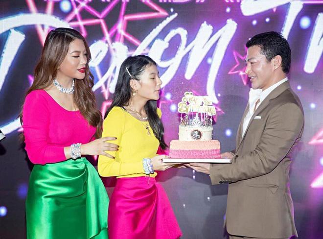 Nhan sắc con gái xinh đẹp, 13 tuổi đã được dự đoán là hoa hậu tương lai của Trương Ngọc Ánh - Trần Bảo Sơn - Ảnh 1.