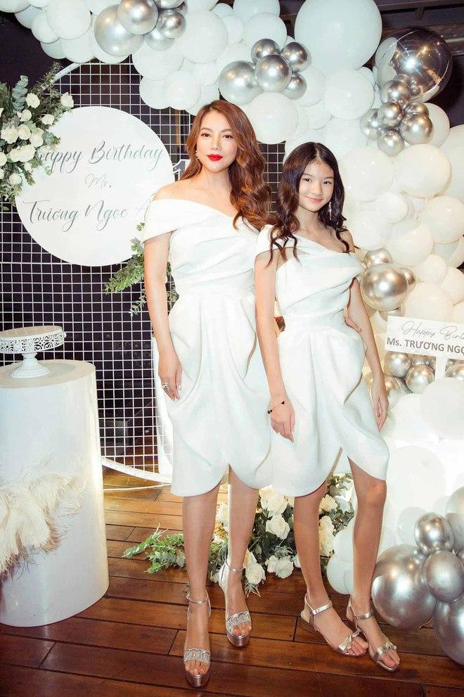 Nhan sắc con gái xinh đẹp, 13 tuổi đã được dự đoán là hoa hậu tương lai của Trương Ngọc Ánh - Trần Bảo Sơn - Ảnh 2.