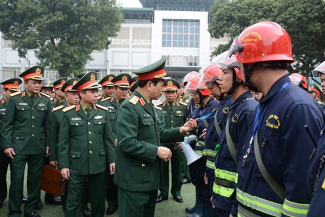 Tướng Phan Văn Giang giao nhiệm vụ đặc biệt cho Lữ đoàn cận vệ thép - Ảnh 2.