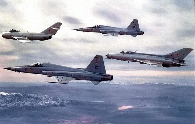 Người Mỹ bí mật sử dụng máy bay Liên Xô để huấn luyện chiến đấu - ảnh 2