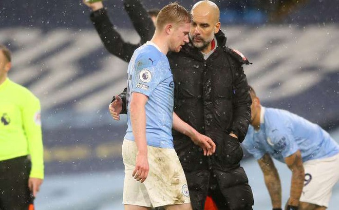HLV Man City nhận tin dữ sau trận thắng Aston Villa