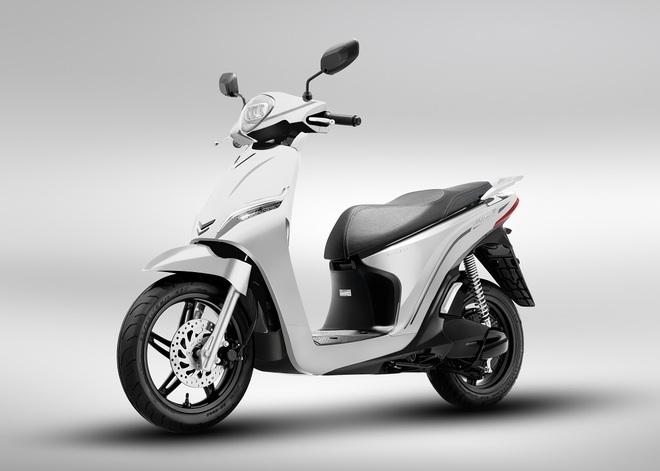 Xe máy điện của VinFast chính thức chốt giá, rẻ hơn Honda SH, kèm ưu đãi khủng - Ảnh 2.