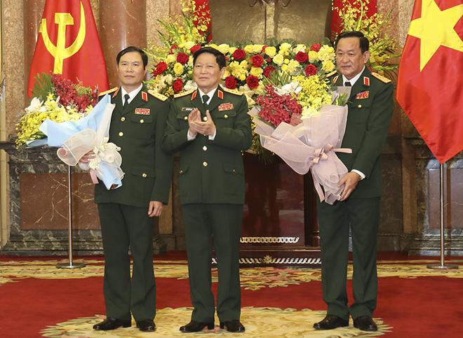Hai Thứ trưởng Bộ Quốc phòng đượcTổng Bí thư, Chủ tịch nước thăng quân hàm Thượng tướng - Ảnh 1.