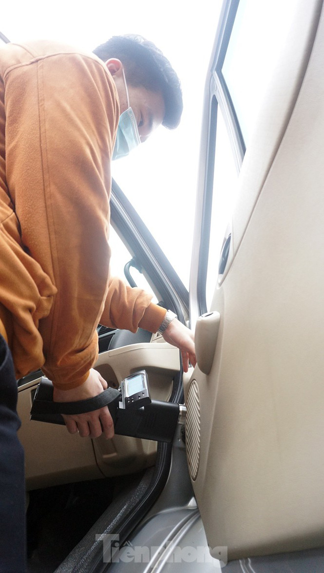Cảnh khuyển tham gia rà soát xe phục vụ Đại hội XIII - Ảnh 11.