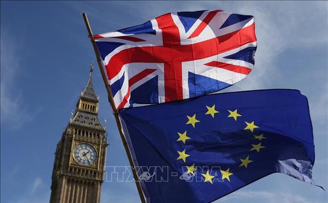 Anh và EU bất đồng về vấn đề quy chế ngoại giao