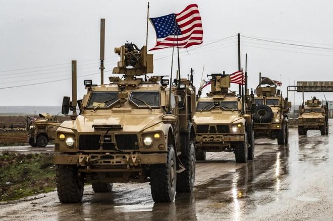 Quân Mỹ bị tấn công tới tấp, 5 đoàn xe bị phá hủy - Khủng bố Syria tung đòn hiểm, nước Nga đứng trước mối nguy lớn - Ảnh 1.