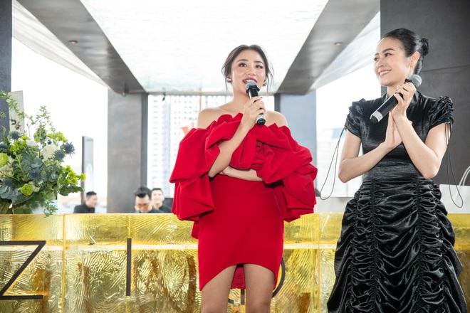 Văn Mai Hương từ chối hát nhép ở sự kiện dù gặp vấn đề sức khỏe - Ảnh 15.
