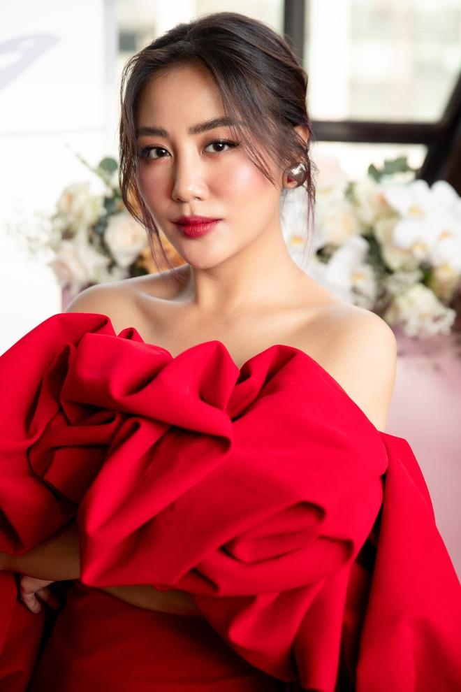 Văn Mai Hương từ chối hát nhép ở sự kiện dù gặp vấn đề sức khỏe - Ảnh 6.