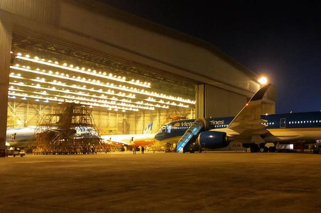 Lo sức khoẻ máy bay nằm sân dài ngày - Ảnh 2.