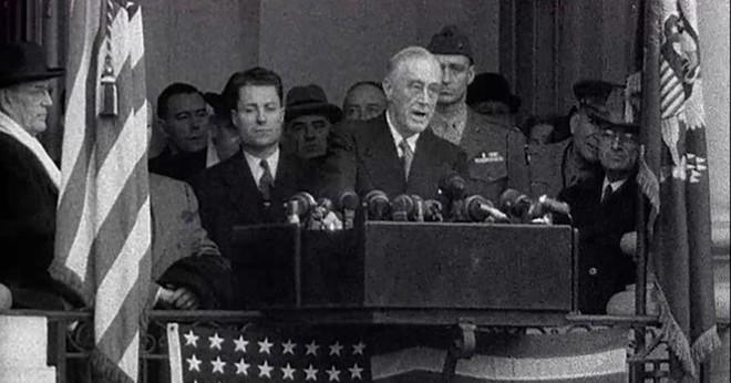 Lạ lùng lễ nhậm chức Tổng thống Mỹ chỉ trong 15 phút - ảnh 2