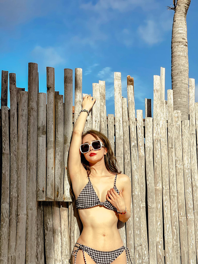 Quỳnh Nga tung ảnh bikini nóng bỏng, đáng chú ý nhất là bình luận của Việt Anh - Ảnh 1.