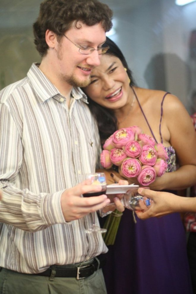 Cindy Thái Tài: Tôi tiễn người đàn ông đó đi lấy vợ, đứng ra tổ chức đám cưới cho người ta  - Ảnh 3.