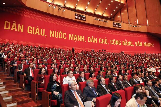 Thủ tướng Nguyễn Xuân Phúc điều hành thảo luận dự thảo Văn kiện trình Đại hội XIII - Ảnh 1.