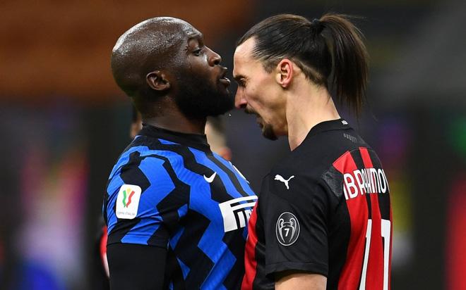 Ibrahimovic xin lỗi sau sự việc không đáng có với Lukaku - Ảnh 1.