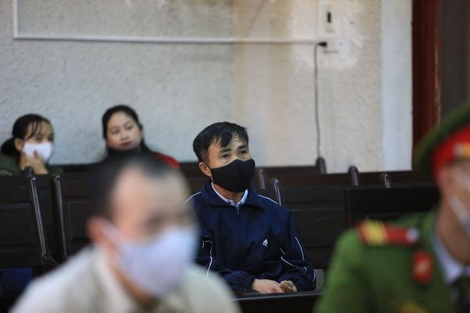 Mẹ nữ sinh giao gà khóc lóc kêu oan tại phiên tái phúc thẩm xét xử tội buôn bán ma túy - Ảnh 6.