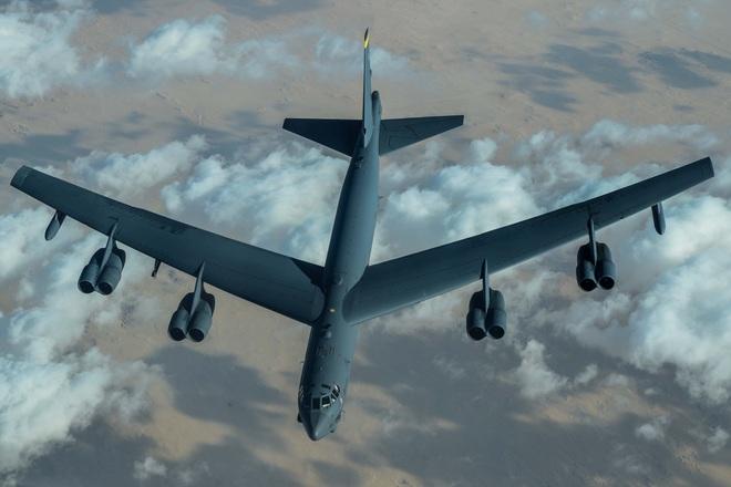 """Ông Biden """"tung cú đánh trời giáng"""" vào cựu TT Trump, điều B-52  xuất kích tới Trung Đông - Ảnh 1."""