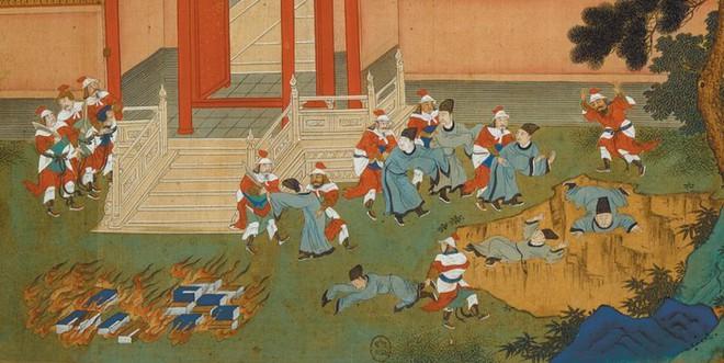 Tấm bia trên núi gây chấn động giới khảo cổ Trung Quốc: 447 ký tự hóa giải hiểu lầm lớn nhất về Tần Thủy Hoàng - Ảnh 3.