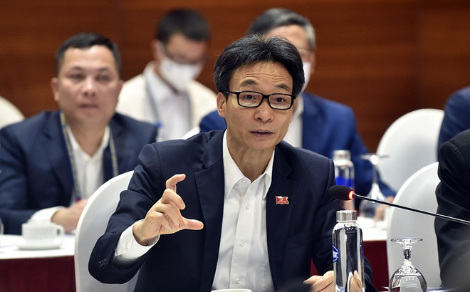 Phó Thủ tướng Vũ Đức Đam: Ổ dịch ở Hải Dương, Quảng Ninh phức tạp, nghiêm trọng hơn trước