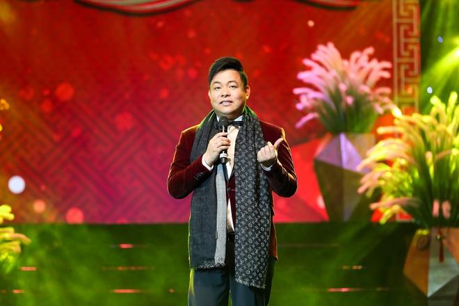 Con trai Chế Linh chơi đàn guitar bằng tay trái gây bất ngờ - Ảnh 11.