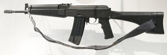 Những khẩu súng sao chép dựa trên tiểu liên AK tốt nhất thế giới - Ảnh 1.