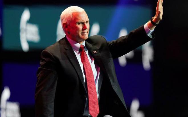 """Gay cấn tới phút chót: Ông Mike Pence bất ngờ ủng hộ nỗ lực """"lật kèo bầu cử"""" của nhóm 11 thượng nghị sĩ"""
