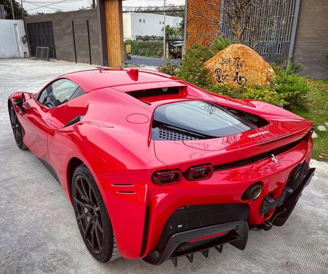 Đại gia kinh doanh hoa lan ở Sài Gòn vung tiền tậu Ferrari SF90 Stradale đầu tiên Đông Nam Á - Ảnh 1.