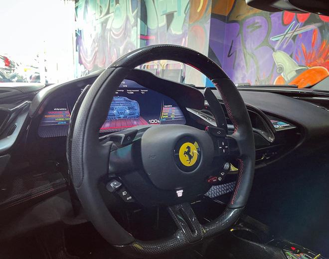 Đại gia kinh doanh hoa lan ở Sài Gòn vung tiền tậu Ferrari SF90 Stradale đầu tiên Đông Nam Á - Ảnh 4.