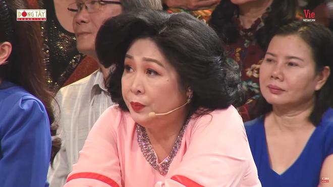 NSND Hồng Vân: Xuân Hinh nói gì tôi cũng phải nghe, không bao giờ dám hỏi tiền - Ảnh 4.