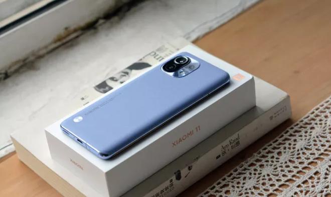 Bán 350.000 chiếc trong 5 phút ở Trung Quốc, chiếc điện thoại về Việt Nam ít ngày đã  giảm giá - Ảnh 2.