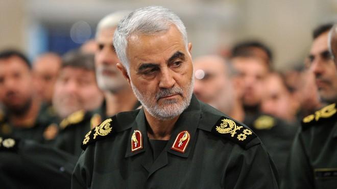 Iran đề nghị Interpol giúp bắt giữ TT Trump - Khu trục hạm Hàn Quốc cấp tốc đến giải cứu tàu dầu: Mỹ ra thông điệp khẩn! - Ảnh 1.
