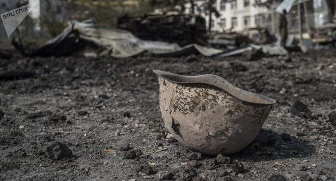 Báo Nga: Trong hơn 3.000 thi thể người Armenia rải rác ở Karabakh có lẫn lính Azerbaijan? - Ảnh 1.