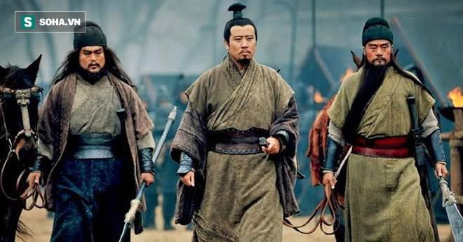 Nổi tiếng không sợ trời không sợ đất, tại sao tướng Đông Ngô là Cam Ninh mới ho 3 tiếng mà mặt Quan Vũ đã biến sắc? - Ảnh 2.