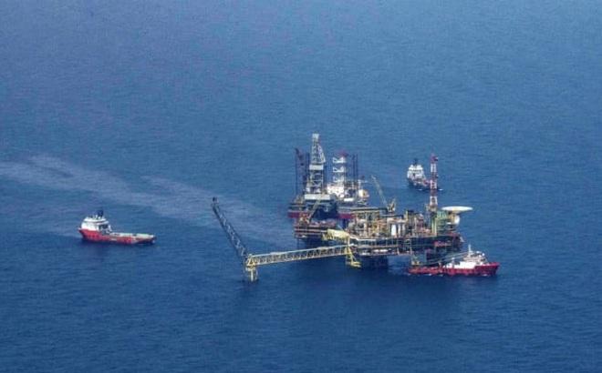 Campuchia đón dòng dầu khí khai thác đầu tiên trên biển