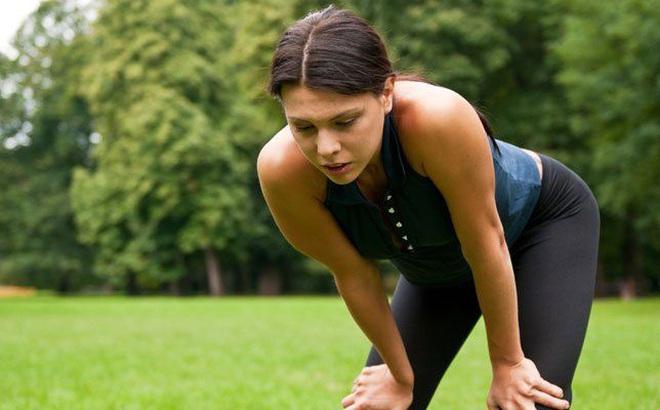 Bạn có bị buồn nôn sau khi tập thể dục? Đây là lý do và 5 cách để khắc phục