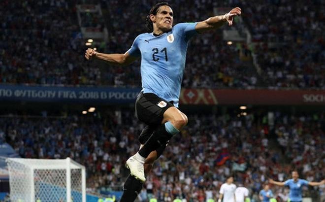 """Liên đoàn bóng đá Uruguay """"tuyên chiến"""" với FA vì lệnh cấm Cavani"""