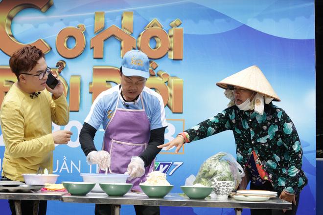 Nghệ sĩ Chí Tài cố giấu chuyện bị thương, nén chịu đau để mang về 72 triệu cho người nghèo - Ảnh 5.